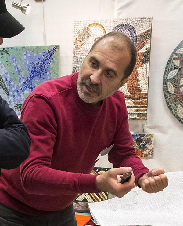Mosaïc Concept, atelier de mosaïque : Patrick Abat Diaz, Mosaïste artisan d'art à Antony